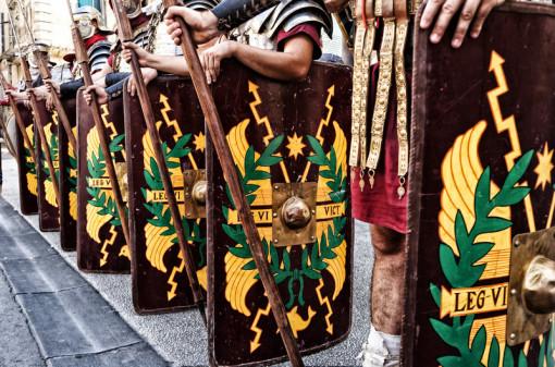 Legio VI Victrix Déambulations dans les rues d'Arles dans le cadre du festival Arelate 2012